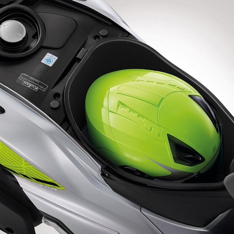 HELMET IN [ L SIZE U-BOX ]
